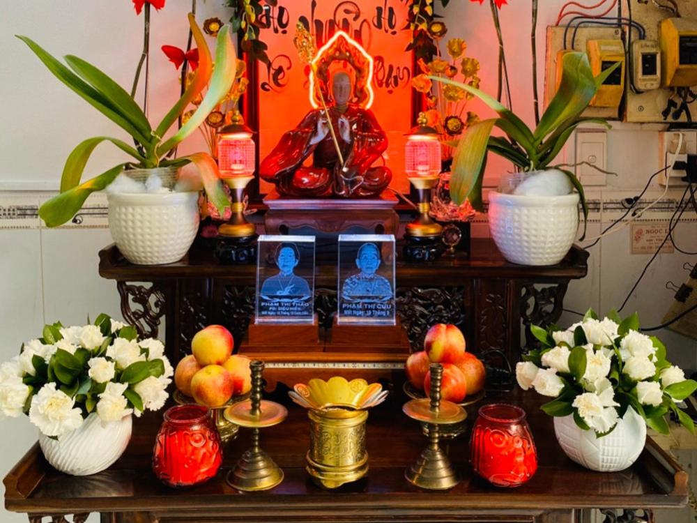 Hình thờ tại gia Phú Nhuận