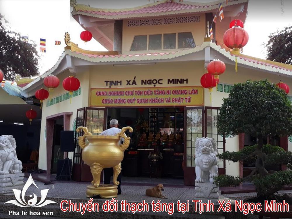 Phòng thờ thạch táng Tịnh Xá Ngọc Minh